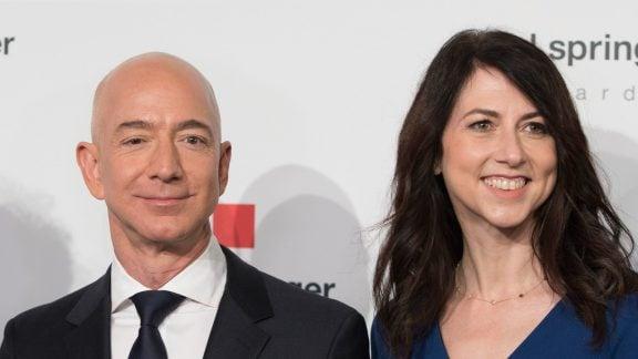 ماجرای طلاق جف بزوس، مؤسس و مدیرعامل آمازون و ثروتمندترین مرد جهان از همسرش