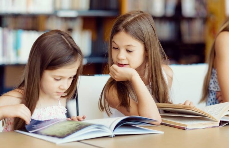 کتاب برای کودکان و نوجوانان