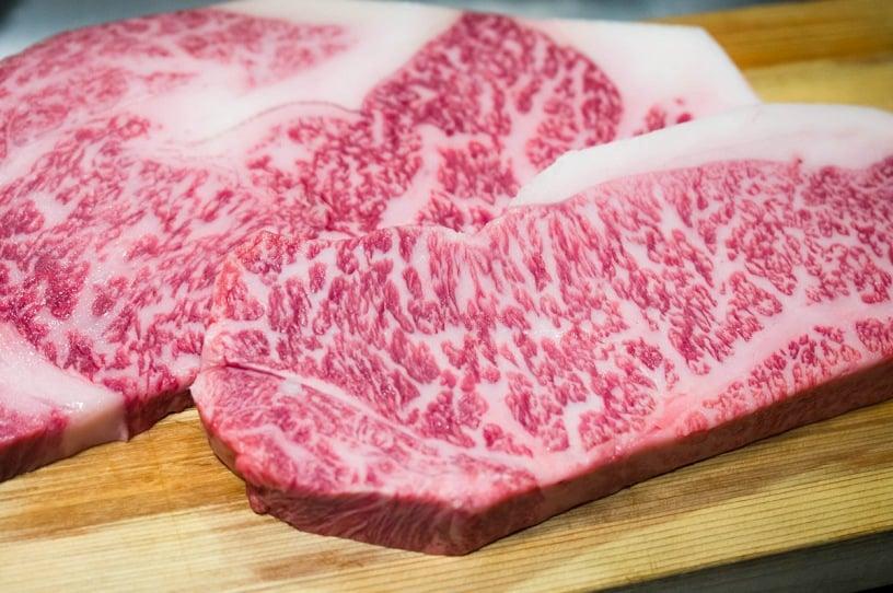 گوشت واگیو