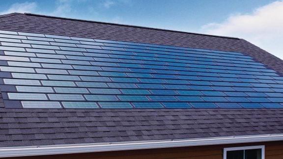 اجاره پنلهای خورشیدی تسلا پیشنهاد جدید شرکت به علاقهمندان