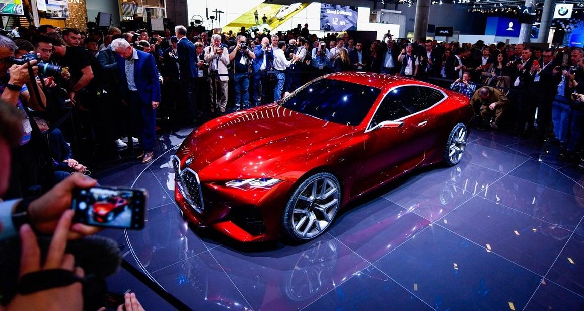 نمایش قدرت خودروهای برقی BMW Concept 4