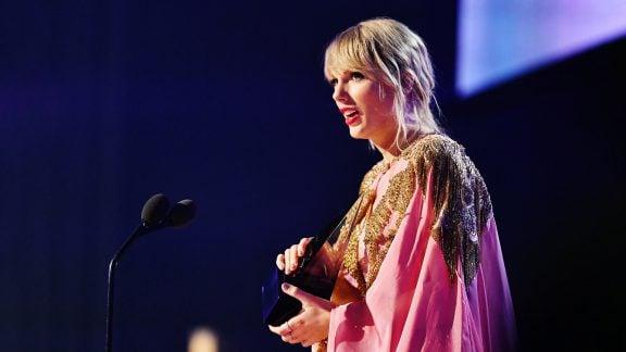 لیست برندگان جایزه موسیقی American Music Awards 2019 و رکوردشکنی تیلور سویفت