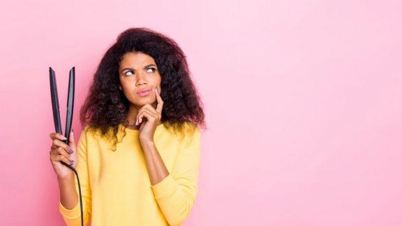 خشک کردن موهای خیس و صاف کردن موهای مرطوب خوب است یا بد؟