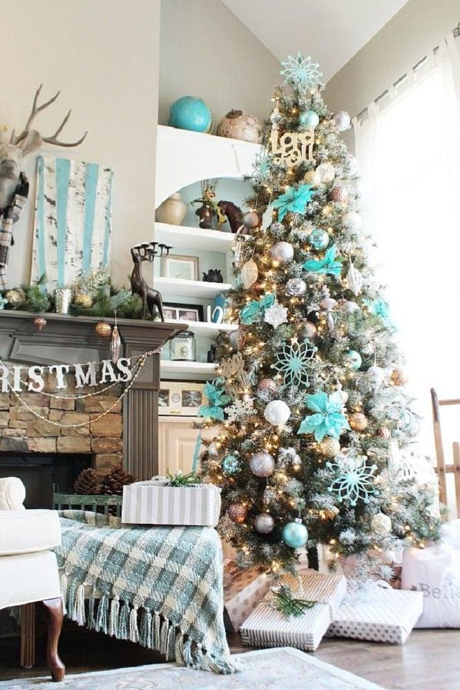نمونه کامل درخت کریسمس با تزیین ساحلی