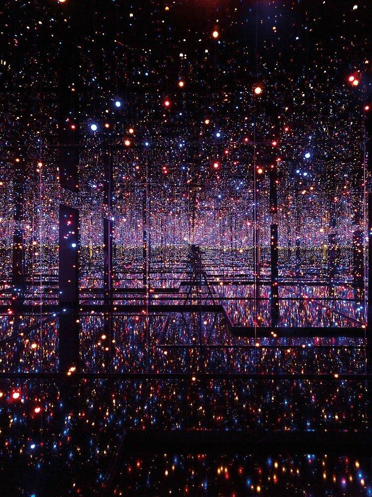 اتاق بینهایت خیالی Yayoi Kusama