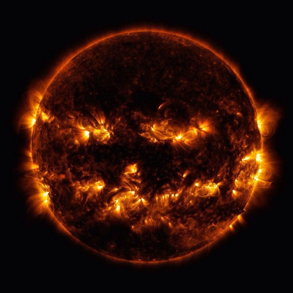 فاز لکه خورشیدی و کدوی هالووین