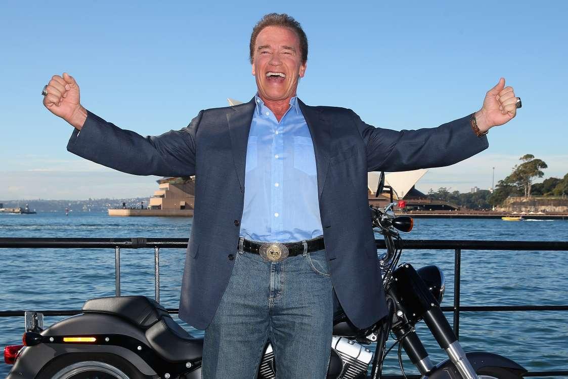 بامزهترین بیوگرافیهای توییتر سلبریتیها - 8. آرنولد شوارتزینگر (Arnold Schwarzenegger)