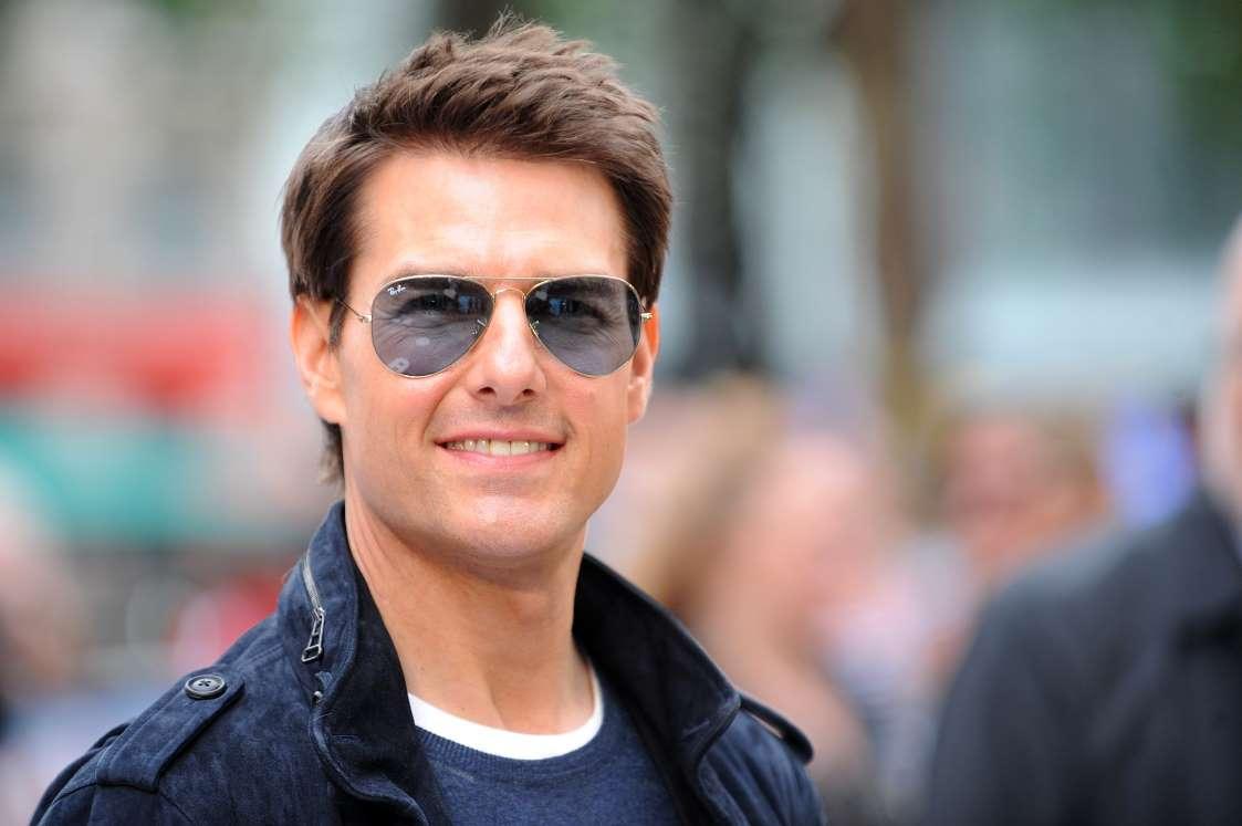 بامزهترین بیوگرافیهای توییتر سلبریتیه - 2. تام کروز (Tom Cruise)ا
