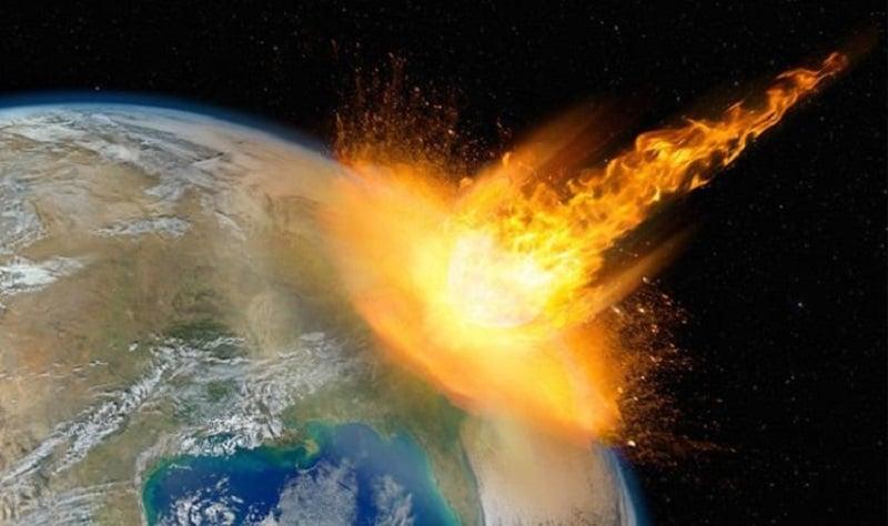 لحظه ورود سیارک به جو زمین